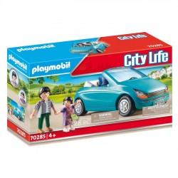 Playmobil - Tata i dziecko w kabriolecie 70285