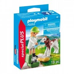 Playmobil - Pani weterynarz z cielaczkiem 70252